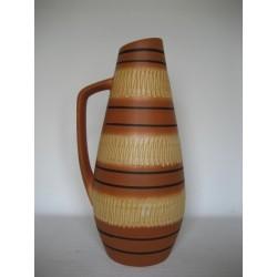 Grote Duitse vintage vaas met handvat