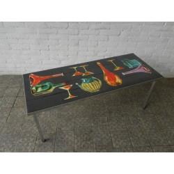 Vintage tegeltafel met 40 tegels en unieke decoratie