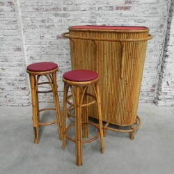 Vintage bamboe cocktail bar...
