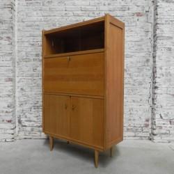 Wandkast Met Klep.Vintage Kast Met Klep En Schuifdeuren Vintage Highboard With Flap And Sliding Doors