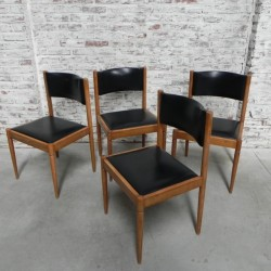 4 vintage chairs...