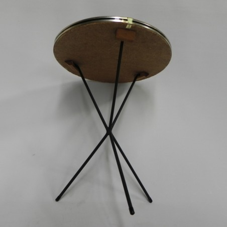 3 Vintage Bijzettafeltjes.Vintage Bijzettafeltje Op 3 Poten Vintage Side Table On 3 Legs