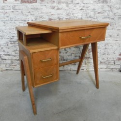 Vintage desk, Singer sewing...