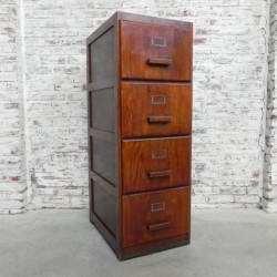 Oak chest of drawers,...
