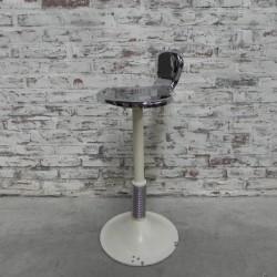 Industrial dentist stool