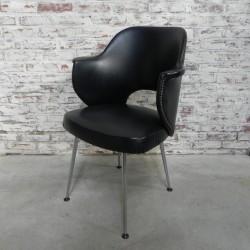 Vintage stoel in de stijl...