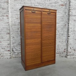 Oak shutter box with 2...