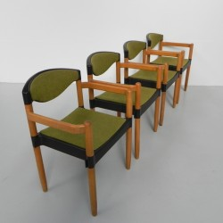 4 dining table chairs...