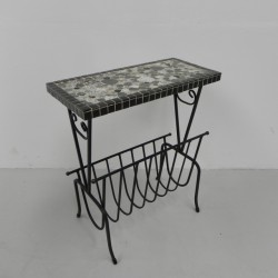 Table, newspaper rack,...