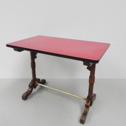 Bistro table with formica top